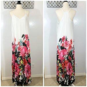 Bisou Bisou Maxi Dress Pleated Racerback Floral 14
